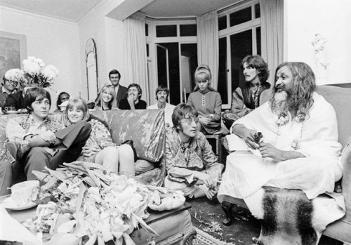 The Beatles & The Maharishi Yogi